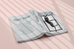 Queen Veronica - Luxury Monoline Product Image 3