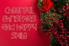 Planet Santa - Beautiful Christmas Font Product Image 5