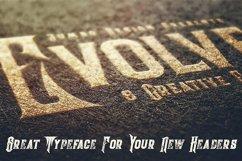 Evolve - Vintage Style Font Product Image 4