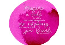 Raspberry - A Handwritten Script Font Product Image 5