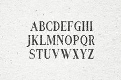 Croak Typeface Product Image 2
