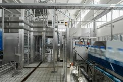Factory for the production of bottled water. Belt conveyor Product Image 1