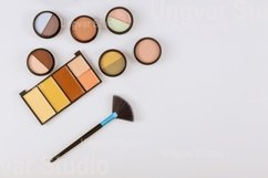 Professional pallet of eye shadow multicolor bright makeup o Product Image 1