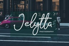 The Signate - a stylish signature font Product Image 3