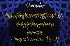 Strawline Typeface Product Image 4