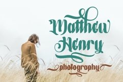 Hucky Decorative Font Product Image 2