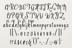Ofaly Font Product Image 3