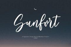 Sunfort Signature Script Font Product Image 1