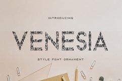 venesia Product Image 1