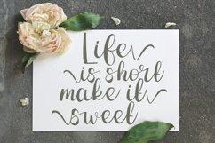 Make Wonderful Moments - Duo Font Product Image 7
