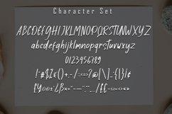 Ayesha Display Font Product Image 4
