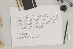 Retta Handwritten Typeface Product Image 6