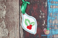 Christmas Holly Leaves and Berry In The Hoop Ornament Product Image 1
