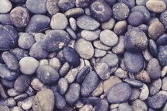 Outdoor Garden Pebbles and Stones Product Image 1