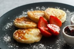 Cheese pancakes with strawberries Product Image 2