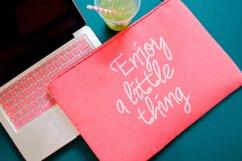 Camellia Handwritten Font Product Image 3