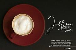 Rhallisa - A Signature Font Product Image 3