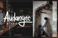 Halybed   Grunge Typeface Font Product Image 4