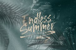 Loutters   Handwritten Brush Font Product Image 5