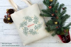 Christmas Wreath SVG graphic, Christmas ornament SVG file Product Image 6