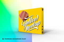 9.7.1 Simple 3D Box Mockup PSD Product Image 1