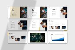 Elk Clean Presentation Powerpoint Product Image 5