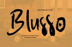 Blusso | Modern Brush Font Product Image 1