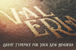 Valeria - Display Font Product Image 3