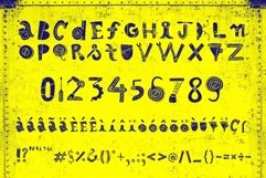 Robotikka Typeface Product Image 2