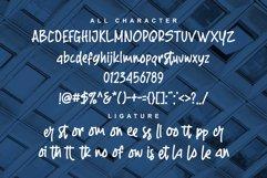 Rofland - Handwritten Typeface Product Image 4