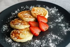 Cheese pancakes with strawberries Product Image 5