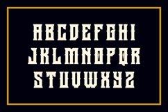 Holics Typeface Product Image 2