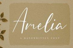 Amelia Script Product Image 1