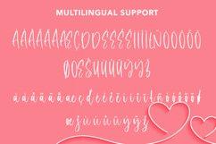 Sensitive - Beautiful Handwritten Font Product Image 4