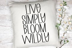 Say Yes to Spring - A Quirky Handlettered Font Product Image 3