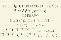 Bertilda Script Product Image 4