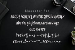 Onether - Modern Handwritten Font Product Image 5
