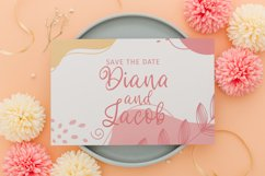 Emma Claire - Curly Script Font Product Image 5