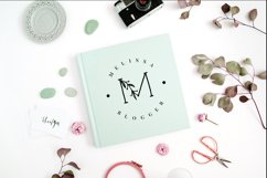 MINIMAL FLORAL LETTER AND LOGO KIT Product Image 6