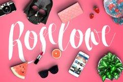 Roselowe Typeface Product Image 1