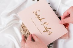 Pretty Berelly | Casual Display Font Product Image 3