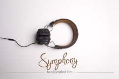 Symphony. Handycrafted font Product Image 1