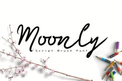 Moonly Typeface Product Image 1
