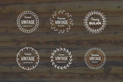 24 Vintage Circle Badges Product Image 2