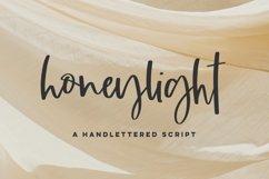 Honeylight Script Product Image 1