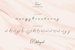 Prettya - Elegant Modern Script Product Image 3