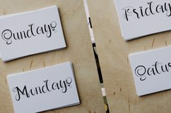 Happy Holiday - A Modern Calligraphy Font Product Image 6