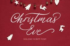Christmas Eve. Holiday Script font. Product Image 1