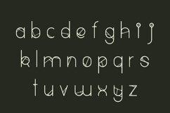 Greenvine Display Font Product Image 4