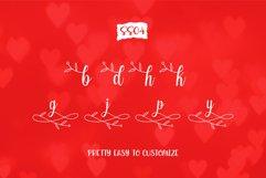 Echgedea - Romantic Script Font Product Image 4